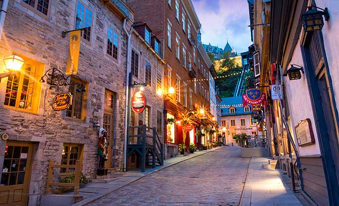 Québec Multi-Adventure Vacations
