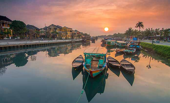 Vietnam Travel Guide Overview